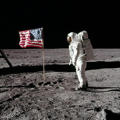 What Year Did Neil Armstrong Walk On The Moon For The First Time