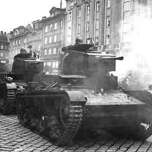On what basis was the Polish light tank 7TP made?