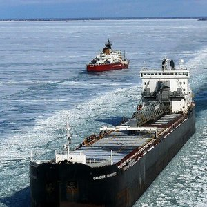 On which of the following lakes are icebreakers most extensively used?