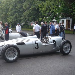 Which country did these silver sport cars represent?