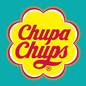 Who designed the Chupa-Chups logo?