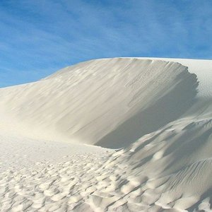 Why is White Sands Desert in New Mexico so purely white?