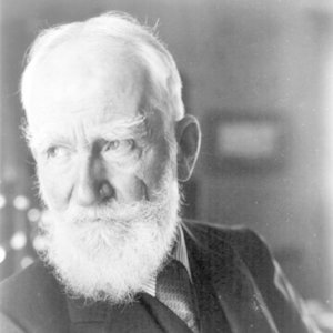 Which prizes were awarded to George Bernard Shaw?