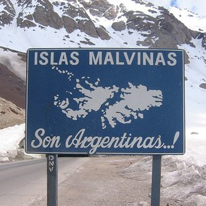 To which country islands known as Islas Malvinas belong?