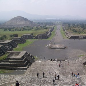 Who built and lived in Teotihuacan, the most impressive pre-Columbian Mesoamerican city?