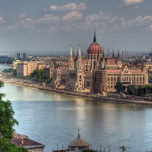 Which river flows through Budapest?