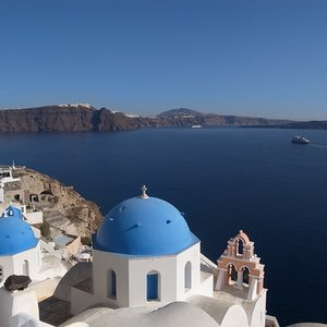 To which country does the island of Santorini belong?