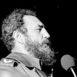 Which writer is known for his friendship with Fidel Castro?