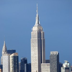 How long were the construction works of the Empire State Building?
