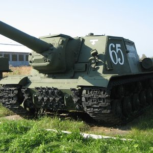 The Soviet medium tank used in WW II was ...