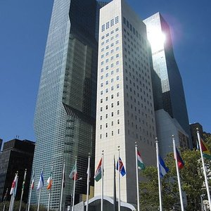 Where is the UN headquarters located at?