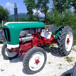 Which company made that tractor?