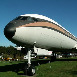 Which company produced the world's first commercial jet airliner?