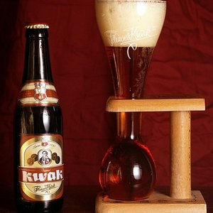 Kwak is a Belgian beer, traditionally served in unusual glass. Why?