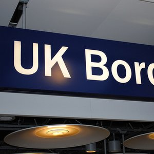 With how many countries does United Kingdom have a land border with (excluding Giblartar and Akrotiri)?