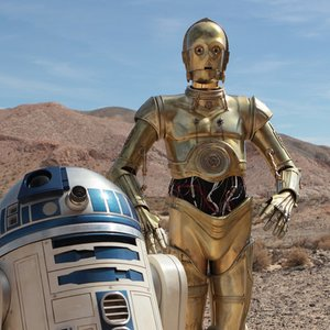 Who played C-3PO?