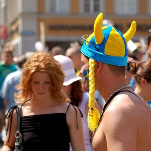 Which country other than Sweden, has the largest Swedish-speaking population?